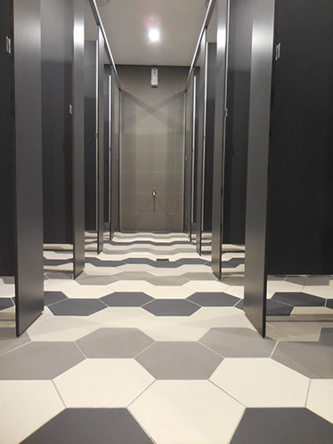 Duracube's Novotel – 100 Murray St, Pyrmont Toilet Partition Installation & Supply